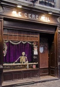 Le Cercueil